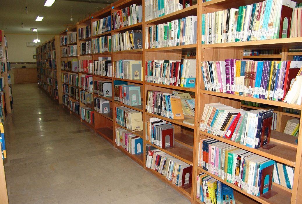۷ اثر در جشنواره کتاب سال دانشجویی برگزیده شد