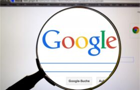 چطور جلوی گوش دادن گوگل را بگیرم؟