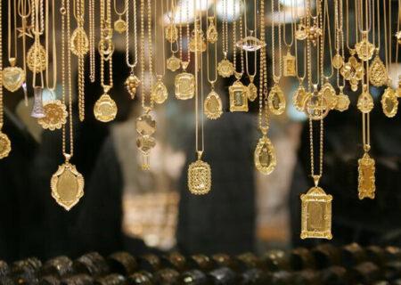 آرامش نسبی در بازار طلا و ارز/ دلار ثابت ماند؟