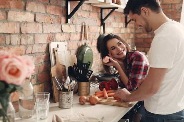 دلبری از شوهر با بوی غذا