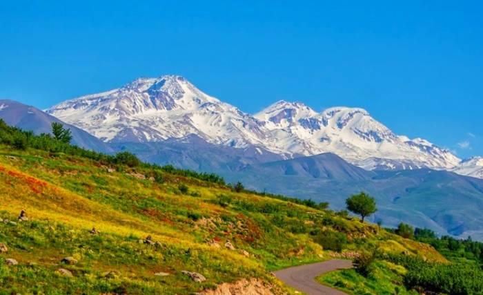 جاذبه های گردشگری سبلان ، بهشتی در قلب اردبیل