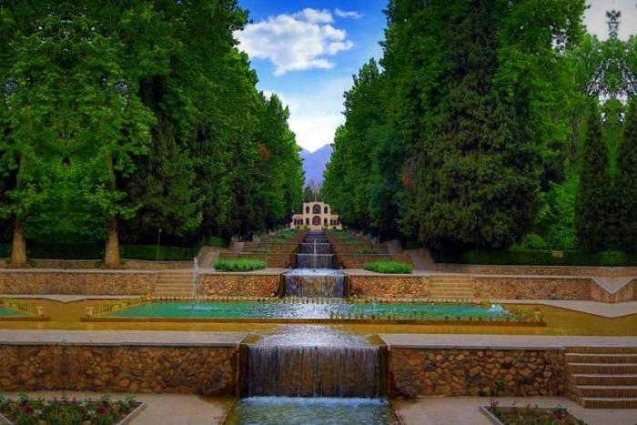 جاذبه های دیدنی گردشگری باغ شاهزاده ماهان کرمان