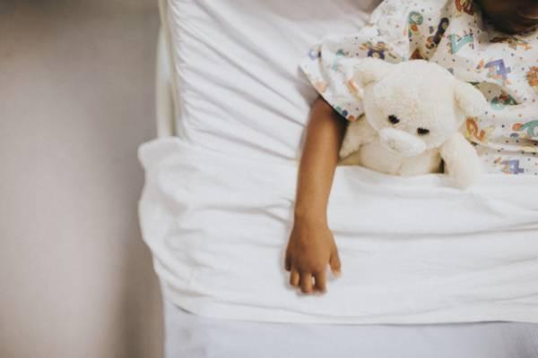 بیدارنشدن کودک