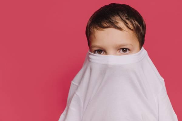 ترس کودک شما چه زمانی غیرطبیعی است ؟