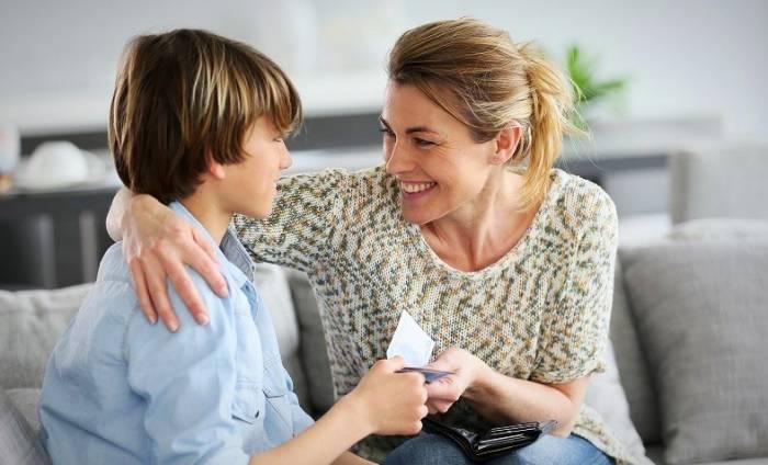 ۸ راز بسیار ساده برای پرورش کودک باهوش