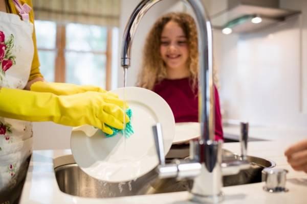 تمیزکردن سینک ظرفشویی