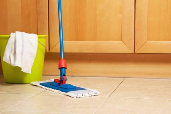 تمیز کردن و شستشو پارکت
