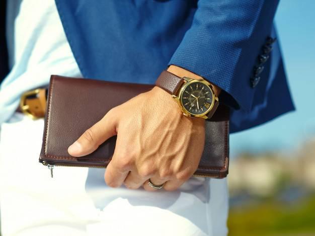 دست مناسب ساعت مچی