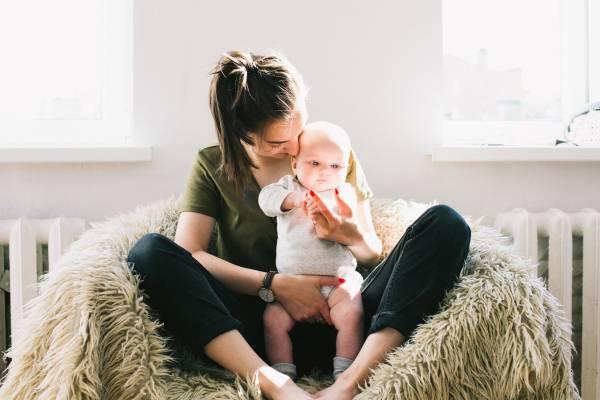 دلستر شیر مادر