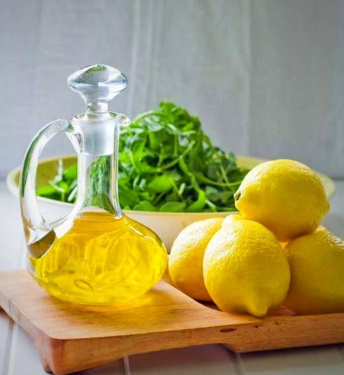 روغن زیتون و لیمو ترش