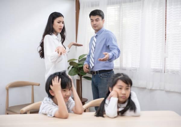 زندگی با والدین ناتنی