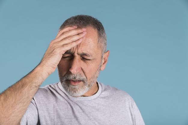 """علت هر نوع """"سر درد"""" و روش های درمان هر کدام"""