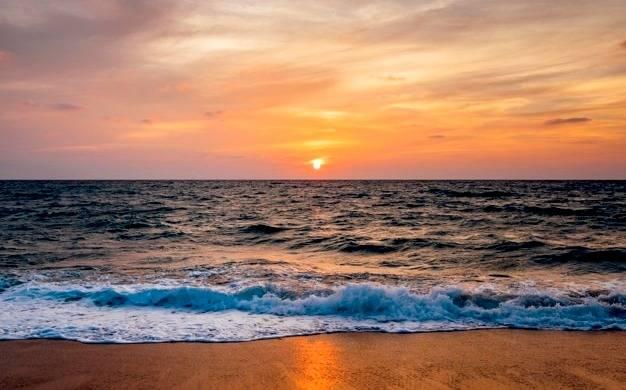 اتفاق خوبی که با نگاه کردن به دریا در مغز می افتد