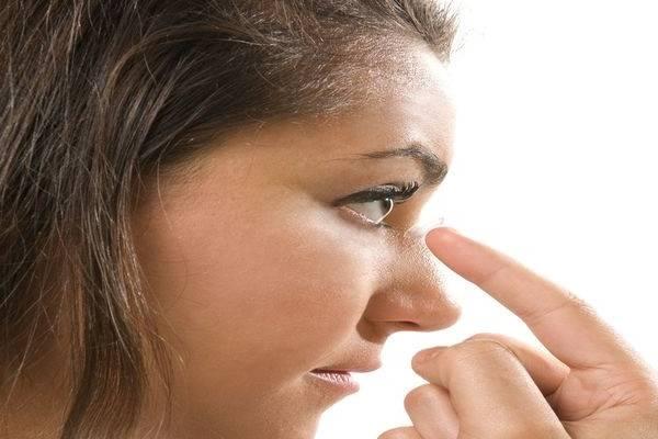 اطلاعات کامل درباره بایدها و نبایدهای لنزهای چشمی