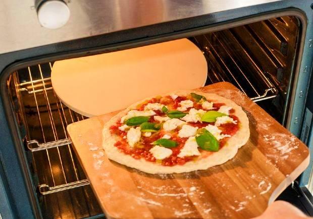 سنگ مخصوص پیتزا