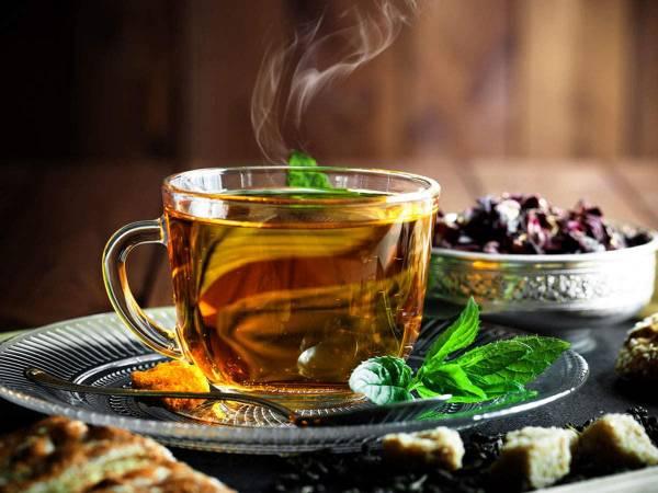 مصرف چای گیاهی