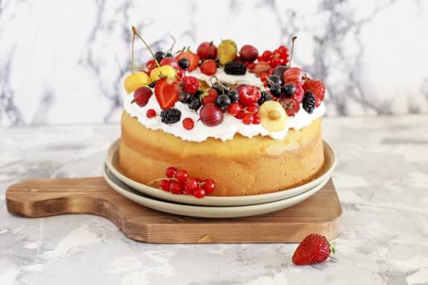 نگهداری کیک میوه ای