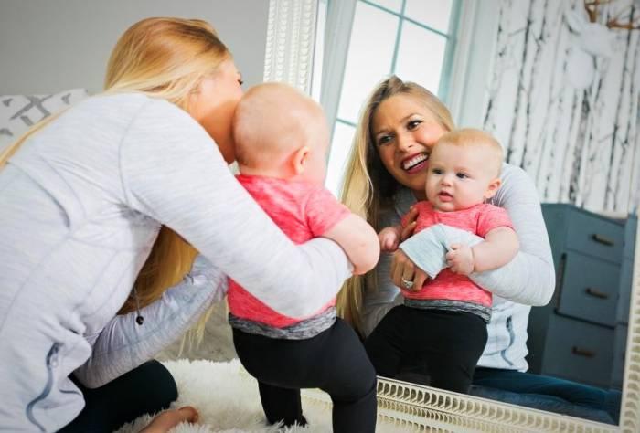 واقعا نوزاد نباید به آینه نگاه کنه ؟