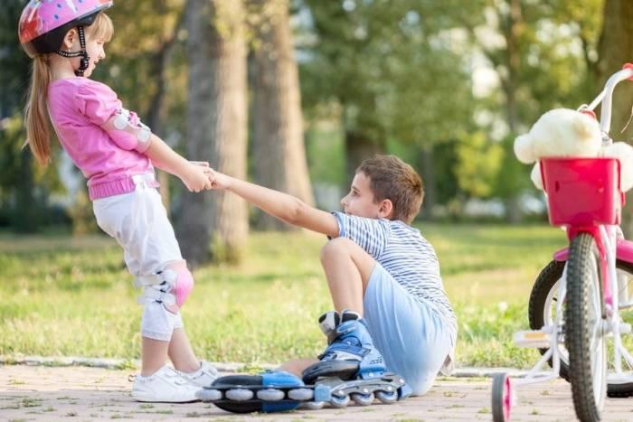 کودکم رو چطور دست و دلباز تربیت کنم؟